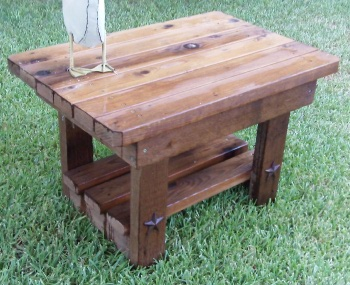 how to build an outdoor end table